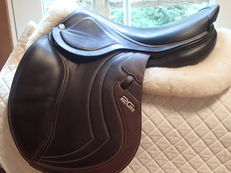 "Stunningly beautiful 17.5"" CWD Miss Mademoiselle 2Gs Full Buffalo Saddle NEW 2016 3L"
