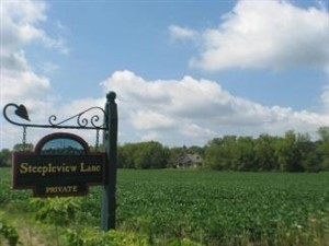 12.5 acre gentlemans farm in Wisconsin:6 horses allowed, hunting, horses, wildlife