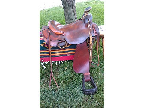 Mike Wilder Roping Saddle Excellent Condition