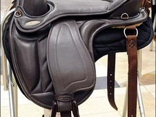 Hilason western treeless saddle brown smooth leather with saddle pad