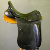 County Perfection Dressage Saddle : 17.5 MW