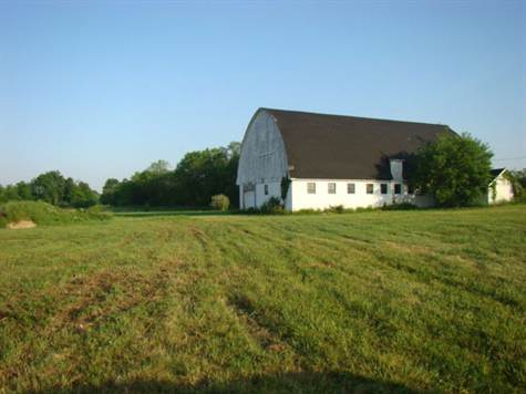 Noah's Ark Style Barn, on five Acres