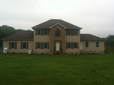 Country Home, Horse Barn W/small Indoor On 12. 9 Acres Close To i-84