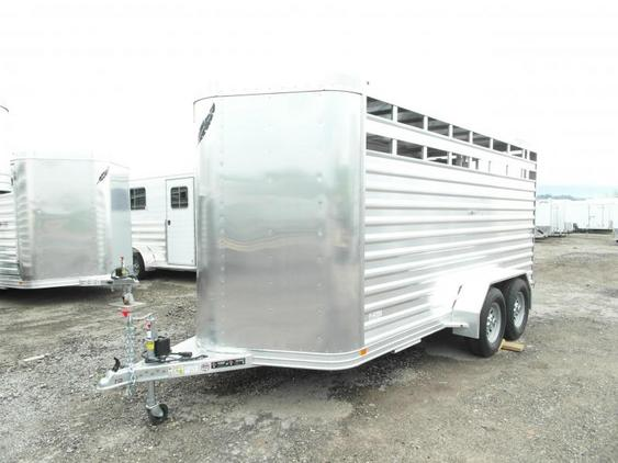 NEW 2015 Featherlite 16' Livestock Trailer w/ Aluminum Floor