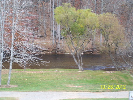 Beautiful Recreational Lot on Little River