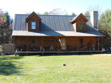 Fabulous 3 Bed 2 Bath Log Home on 5 Acres