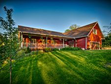 Gorgeous Sprawling Ranch on 8. 5 acres--6884 Total Sq Ft