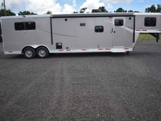 New 2019 Lakota Colt 8313RKBSO 3 Horse Trailer with 13' Short Wall