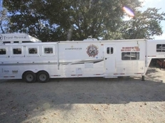 Used 2012 Lakota 8415LQ 4 Horse Trailer with 15' Short Wall