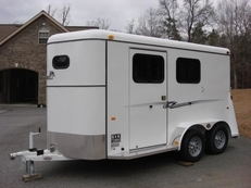 6ft X 14ft Fully Enclosed 2 Horse Slant w/Larger Dressing Room! New!