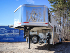 2017 Lakota Trailers CHARGER 4-Horse w/13. 5ft Living Quarter C84...