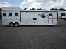 New 2019 Lakota Charger 8317SRBGLQUG 3 Horse Trailer with 17' Short Wall