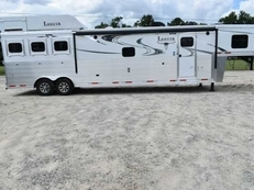New 2019 Lakota 8316SRGLQUG 3 Horse Trailer with 16' Short Wall