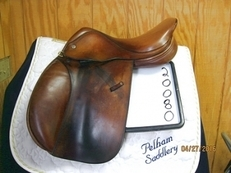 Crosby XLH Used Close Contact Saddle 17
