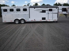 New 2019 Lakota 8411DRLQ Charger 4 Horse Trailer with 11' Short Wall