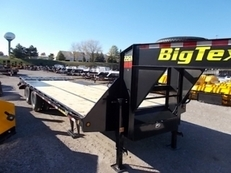 2018 BIG TEX 22GN-25+5 EQUIPMENT TRAILER