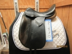 "Roosli Pilatus Used Dressage Saddle 17"" M"