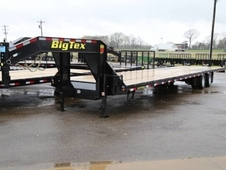Big Tex 22GN Tandem Dual w/ Straight Deck w/ Slide in Ramps