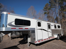 2016 ADAM Pro-Classic GN 2 + 1 Horse w/4ft Dressing Room GS152