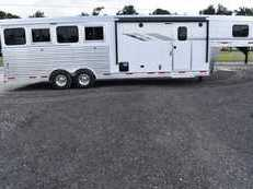 New 2019 SMC SL8409SR 4 Horse Trailer with 9' Short Wall