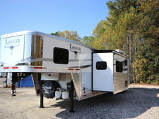 2017 Lakota Trailers BIGHORN 3-Horse w/16ft Living Quarter BH8316