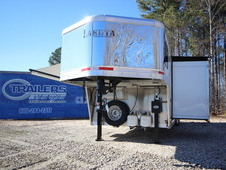 2017 Lakota Trailers CHARGER 4-Horse w/11ft Living Quarter C8411