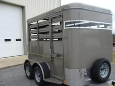 2017 Adam OVERNIGHTER Livestock Trailer
