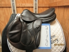 "Devoucoux Chiberta Used Close Contact Saddle 17.5 ""M"