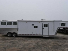 Used 2011 Featherlite 8314GLQ 3 Horse Trailer with 14' Short Wall