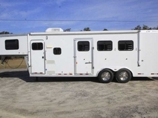 Used 2002 CM 7308 3 Horse Trailer with 8' Short Wall