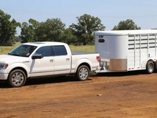 Cm Stocker 16' Stock Trailer