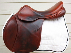 "17"" County Sensation Jumping Saddle"