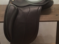 Black Country Adelinda Dressage Saddle