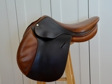 "16""/16. 5"" Butet Hunter/Jumper Saddle"
