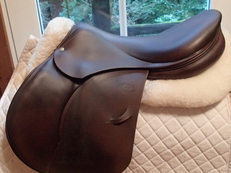 "Gorgeous 18"" Devoucoux Oldara Saddle 2011 2A"