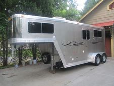 2006 Featherlite 2 Horse Trailer Model 9607 With Living Quarters ...