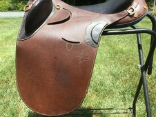 Down Under Kimberly Outback Aussie Saddle