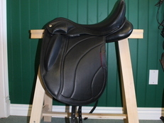 M. Toulouse Aveline Pro-Hybrid Dressage Saddle