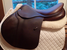 "Stunning 18.5"" Devoucoux Biarritz Saddle with D3D Technology 2014 4AAR"
