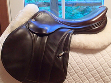 "Gorgeous 17.5"" Equipe E-Carbon Special One Full Buffalo Saddle 2013"