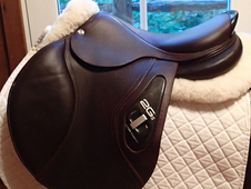 "Perfect condition 17. 5"" CWD 2Gs Saddle 2015 4C"