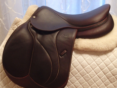 "17.5"" Devoucoux Biarritz C Full Buffalo Saddle with D3D Technology 2016 3A"