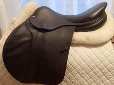 "17.5"" Devoucoux Socoa Saddle 2011 4A"