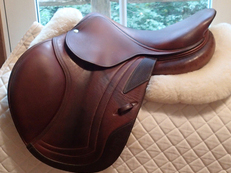 "Beautiful 16"" CWD Full Buffalo Saddle 2009 1C"