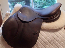 "Beautiful 17"" CWD Saddle 2008"
