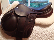 "Gorgeous 17"" CWD Monoflap Saddle 2015"