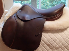 "Beautiful 16"" Devoucoux Huarra Saddle 2008"
