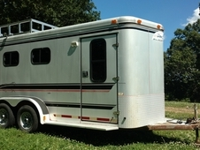 Aluminum Sundowner 3 horse slant trailer, dressing room and rear ...