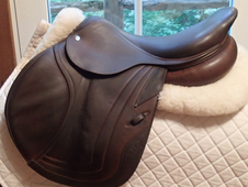 "Beautiful 17"" CWD Full Buffalo Saddle 2012 2C"