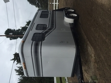 1995 Trail-Et New Yorker 2H with ramp and dressing room